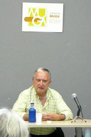 Rafael Chirbes en Librería Muga.