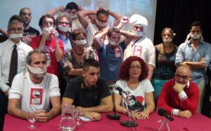 """Rueda de prensa en el Ateneo de Madrid organizada por la """"Plataforma por la libertad de Alfon"""". /FOTO: Jesús Arguedas"""