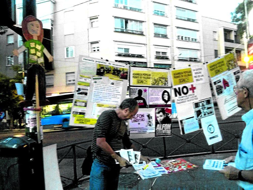 Punto de Información (PI) d ela Asamblea Popular 15M Puente de Vallekas