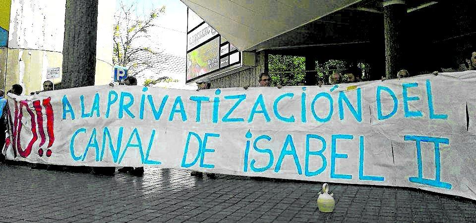 El acuerdo configura un amplio frente contra la privatización del Canal de Isabel II.