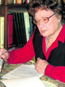 La poetisa Angelina Gatell, homenajeada este año.