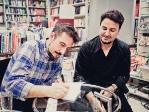 """Firma del libro """"Imaginemas"""", por sus autores."""
