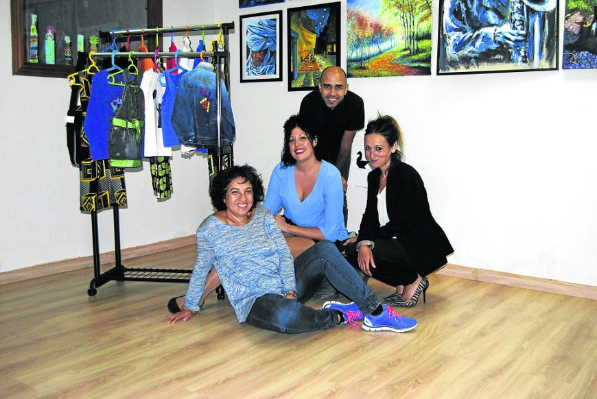 De izquierda a derecha, María Zapata (Fam y Lias), Patricia González (Cananda), Luis Madrid (Angaraveca) e Inés Ruiz (Cananda).