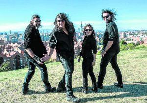 Caskärrabias, un cuarteto de rock urbano 'made in Vallekas'.
