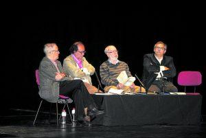 Acto inaugural con Carlos Álvarez (2º por la derecha), el 14 de abril.