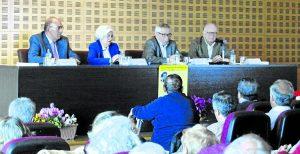 """Mesa: """"El compromiso con los ciudadanos""""."""
