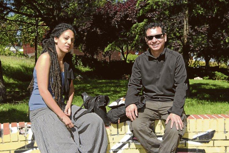 Muna y Oscar llaman a la participación para construir juntos el barrio que queremos.