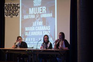 Conferencia Mujeres en el ámbito urbano.