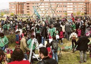 Los vecinos del PAU llevan años movilizándose contra la falta de recursos educativos en el barrio.