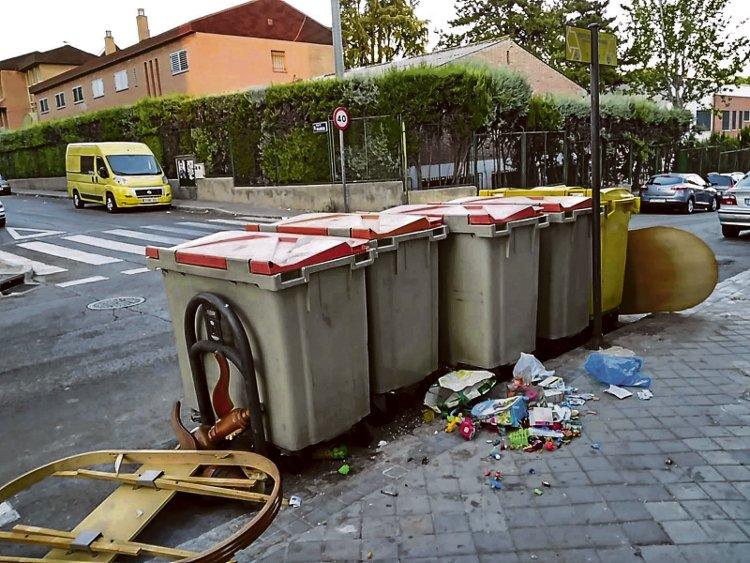 En las redes son habituales los mensajes de vecinos pidiendo soluciones a los problemas de limpieza.