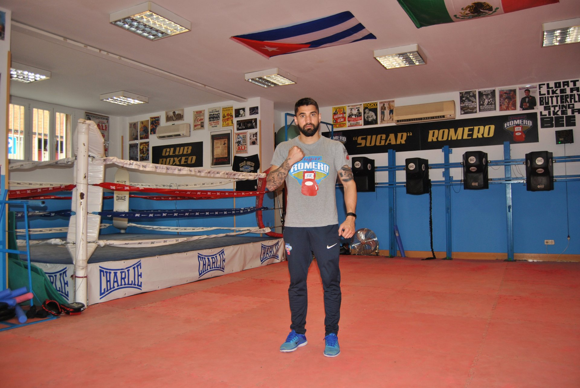 n - r Sergio Sugar Romero, en su club de boxeo.