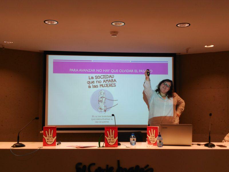 Marina Marroquí en uno de sus talleres